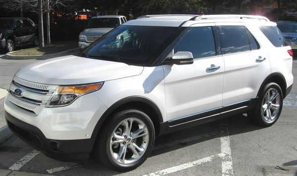 Ford Explorer Limited 2011 (vista frontal-lateral)