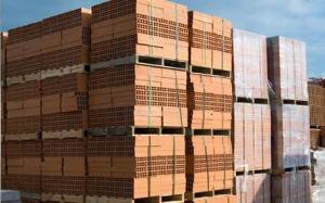 Los materiales de construcción como bloques y cemento están exonerados de impuestos