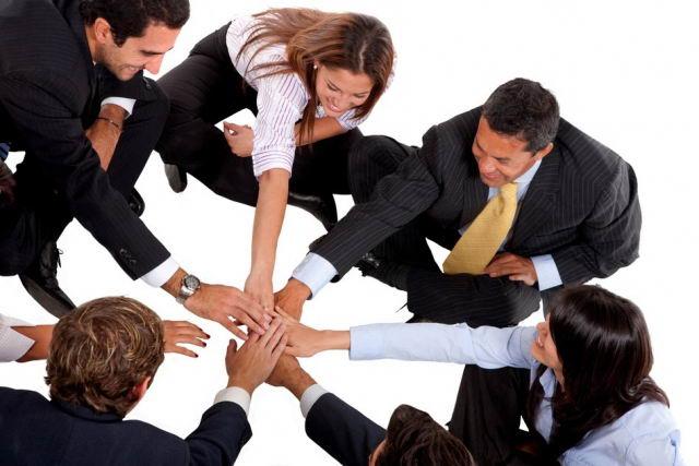 Importancia del trabajo en equipo dentro de las empresas for Trabajos en barcelona sin papeles