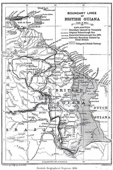 Mapa inglés de 1896 de la Antigua Guayana Británica y las diversas líneas de límites trazadas, que muestran las máximas aspiraciones británicas y el río Esequibo que Venezuela considera como su frontera, la zona grisácea es el único territorio no reivindicado por Venezuela, mientras que una parte del sector oriental (Pirara) fue cedido por el Reino Unido al Brasil.