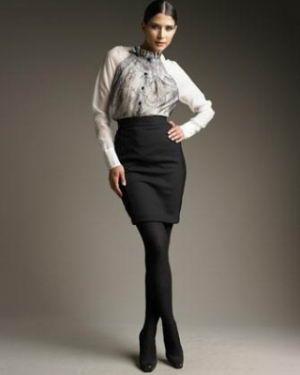 Falda Clásica Negra Una Prenda De Vestir Que No Debe Faltar