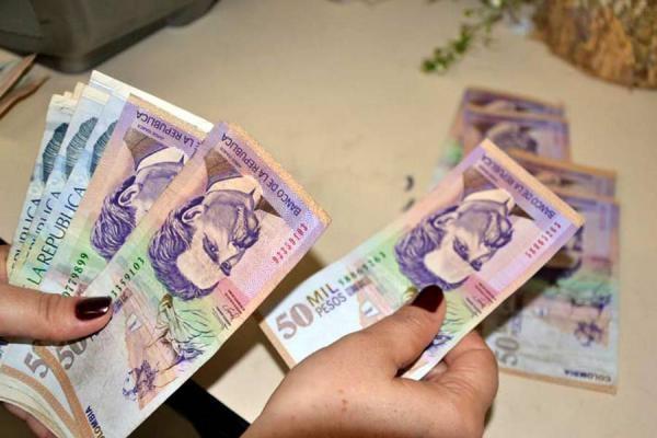 Aumento del salario mínimo en Colombia 2014 es de un 4.5% frente a