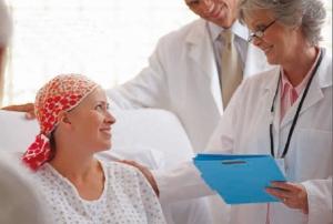 La primera fase fundamental en el tratamiento del cáncer es establecer un diagnóstico basado en un examen patológico.