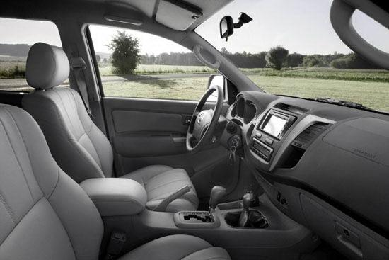 Interior de la Toyota Hilux, 2005, 2006, 2007, 2008, 2009, 2010,