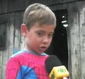 Brasil, Ni�o, spiderman, incendio, Bombero