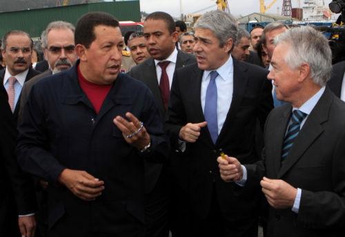 Ch vez regres a venezuela luego de gira de 11 d as en el for Banco exterior barinas