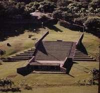 Teatro de piedra. Parque la Llovizna Edo. Bolívar